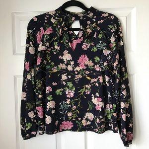 Floral print keyhole choker blouse